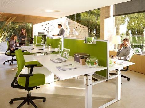 Büromöbel in Münster – ergonomische Bürostühle und Theken